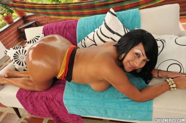 Sandra leon big ass colombian