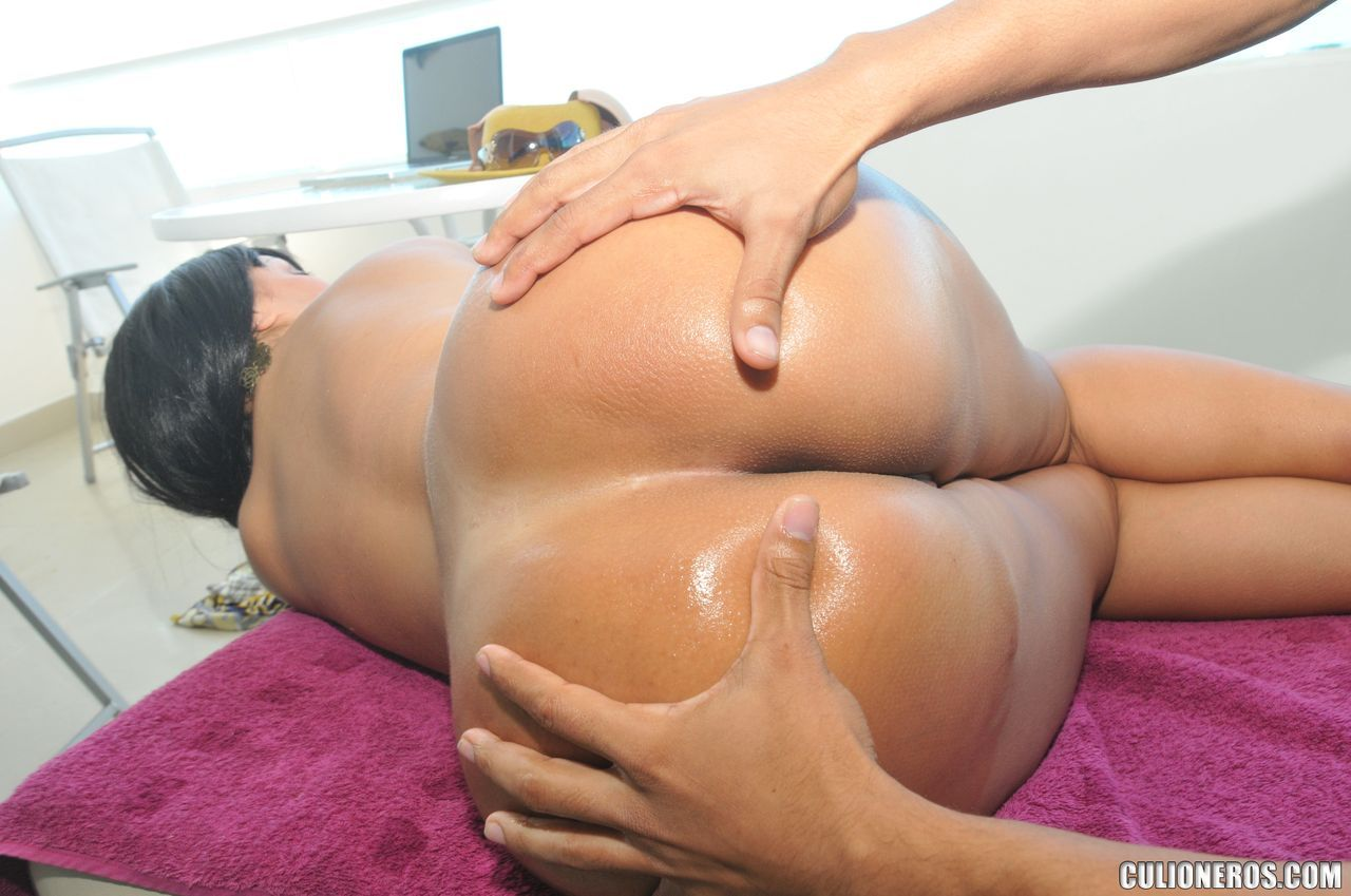 black womans clits and butt cracks