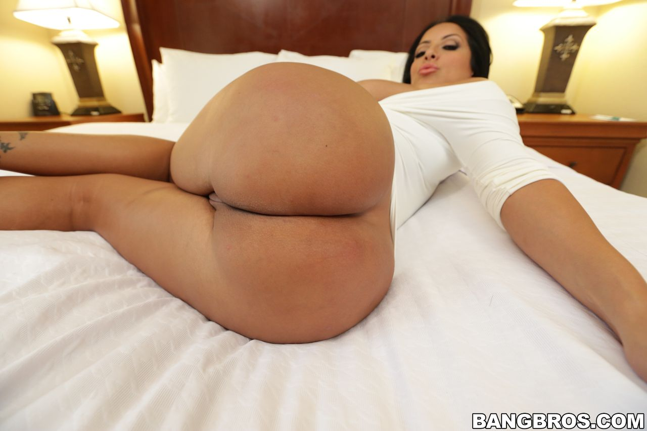 Big ass mia