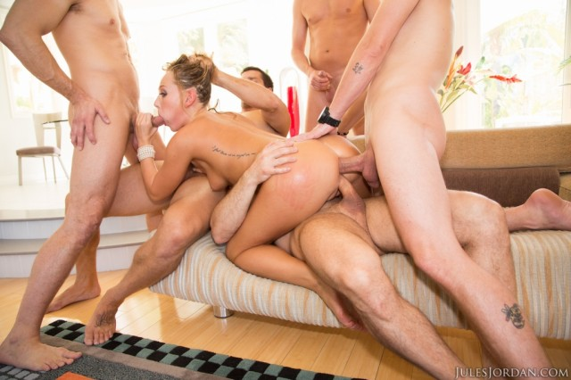Carter cruise first gangbang