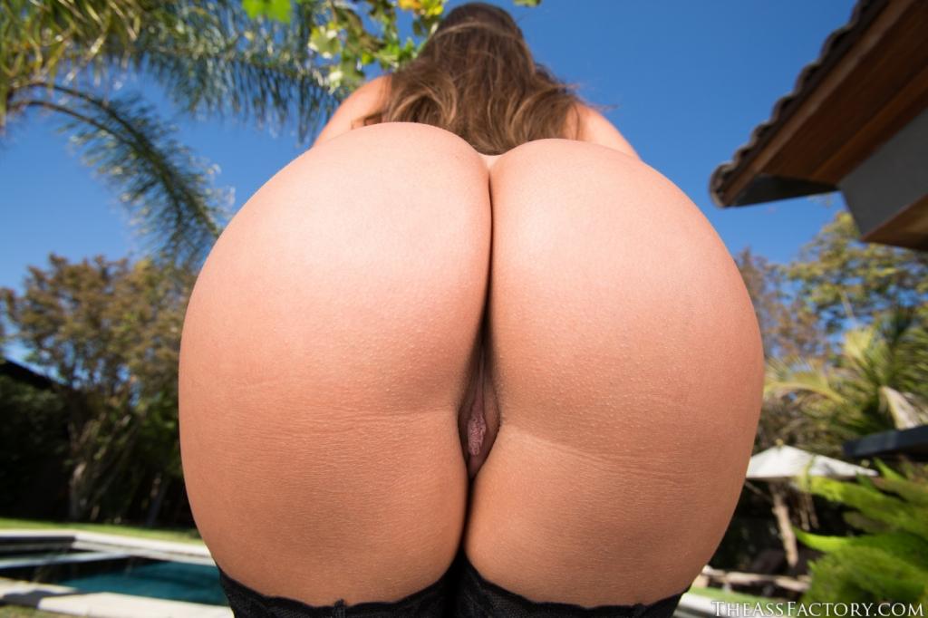 desi girls naked in feild