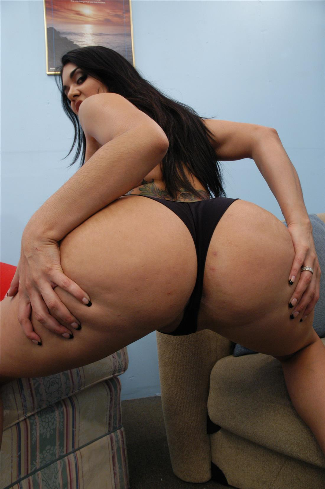 Olivia-Olovely-Bubble-Butt-Bonanza 3  Morefunforyou-7735