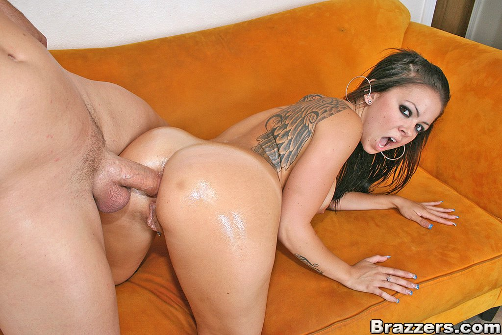 Julia bond youtube porno 8