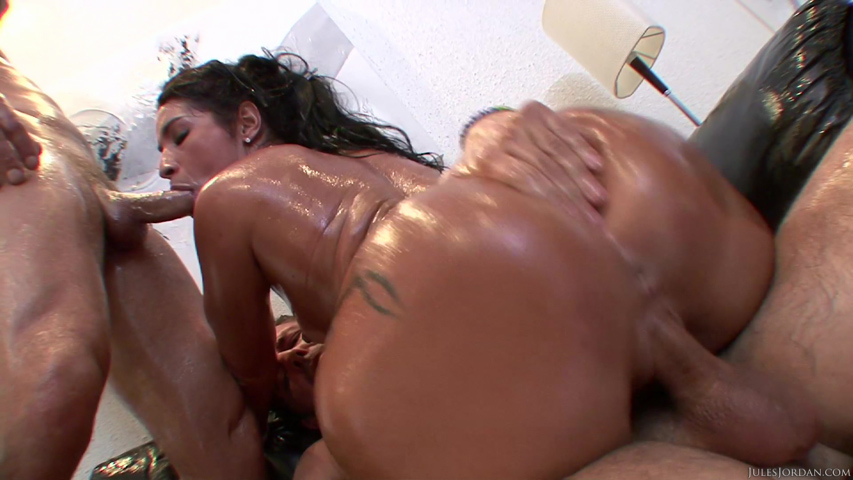 Big Ass Latina Pov Creampie