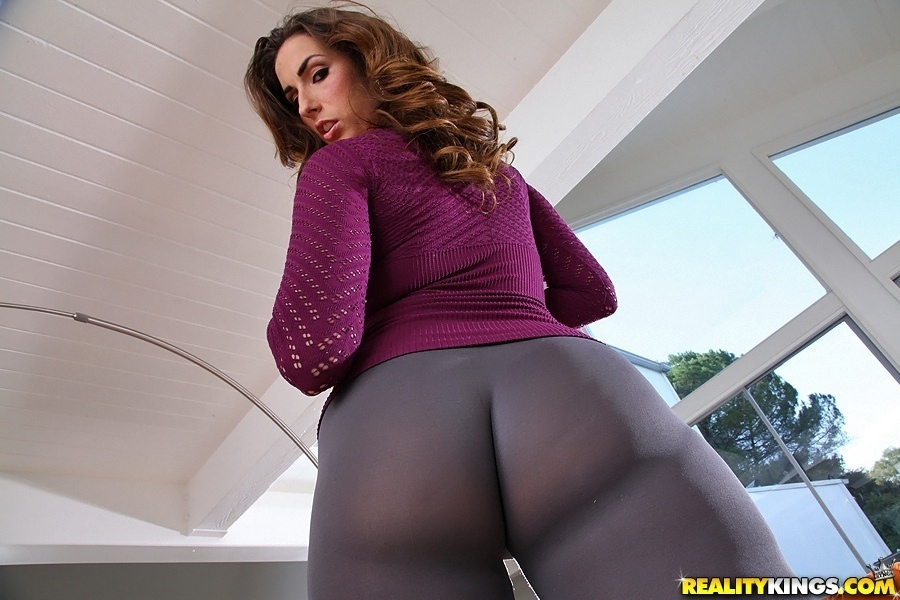 Monster curves paige turnah