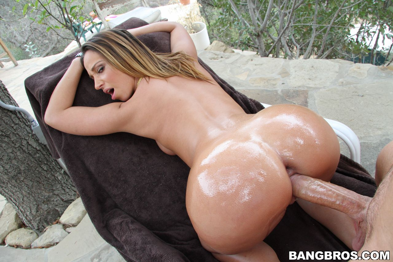 Perfect round ass jada stevens - 4 10