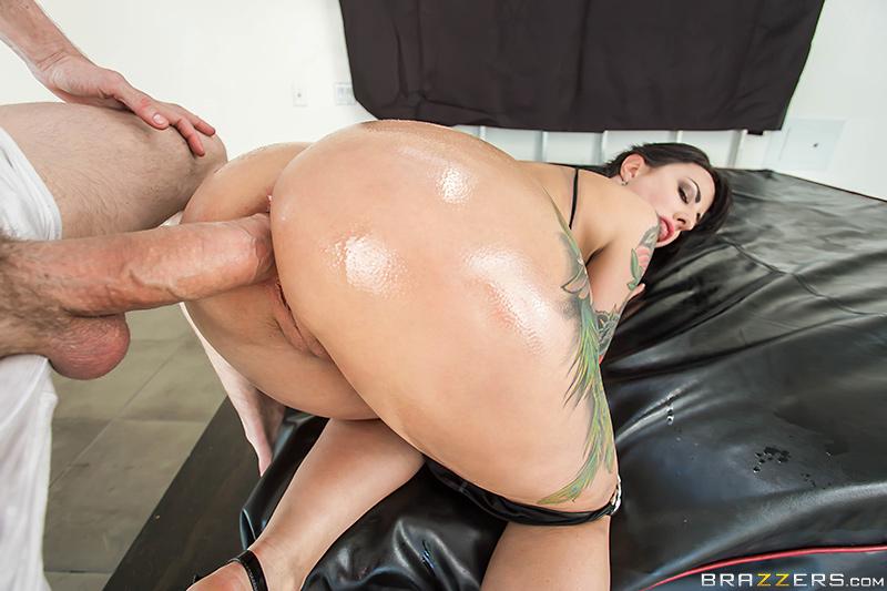 Pornstar big ass hardcore pics